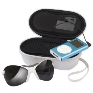 Eye Play Case MP3 speaker and sunglasses case